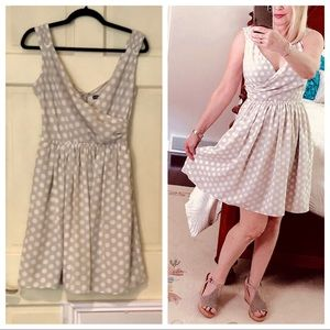 EXPRESS light taupe polka dot sleeveless dress